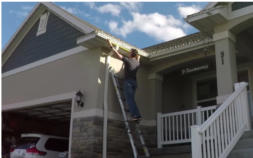 Advantages Of Professional Christmas Light Installers